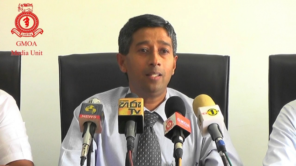 UPDATE: Anuruddha Padeniya First-level Contact Of COVID19 Patient Still Missing: PHIs Unable To Contact GMOA President